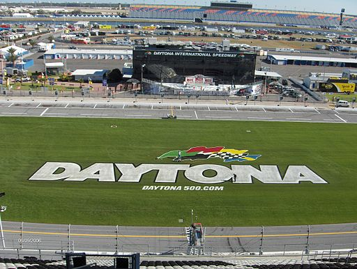 Orlando FL RV Rentals for tailgating at Daytona International Speedway