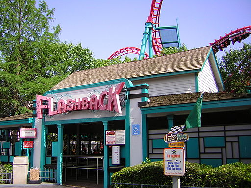 Flashback ride at Six Flags Over Texas - By Chris Hagerman (originally posted to Flickr as Flashback) [CC BY 2.0 (http://creativecommons.org/licenses/by/2.0)], via Wikimedia Commons