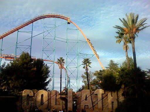 Goliath roller coaster at Magic Mountain