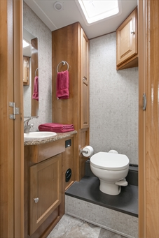 C28 Bathroom