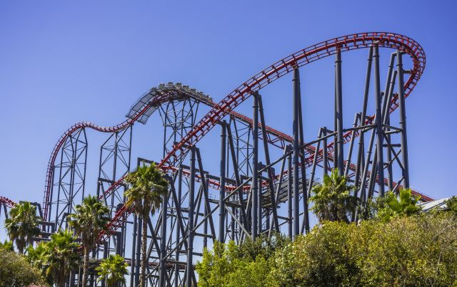 Six Flags Magic Mountain Amusement Park